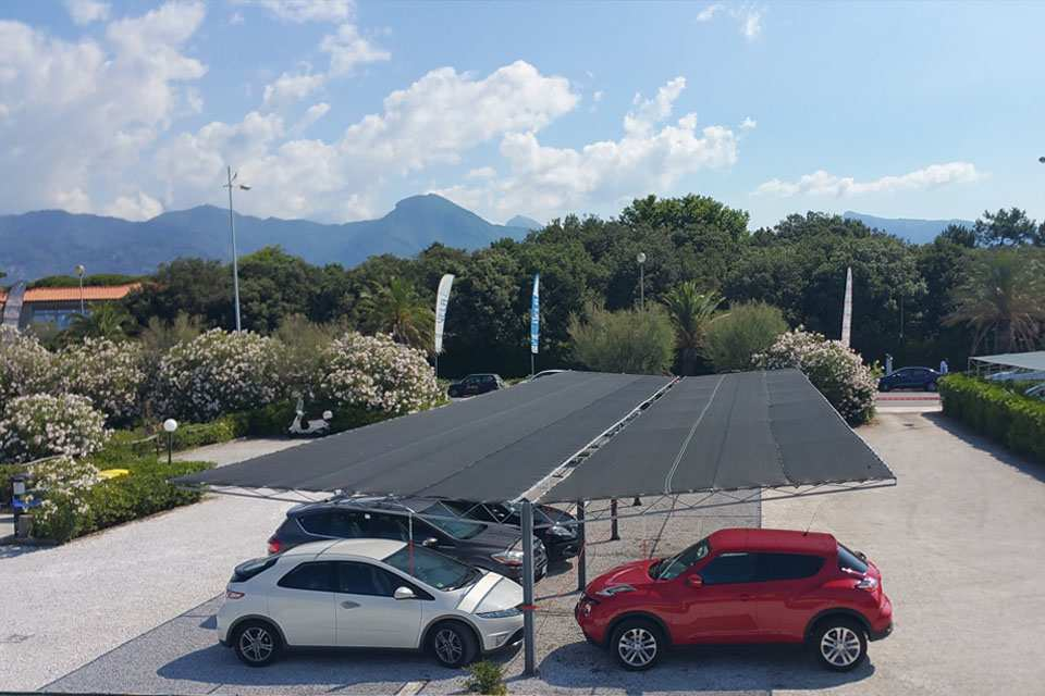 Parcheggio riservato per clienti dello stabilimento